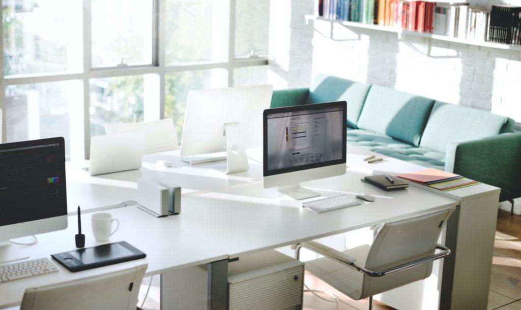 Professionellen Reinigungsunternehmens zur Reinigung Ihres Büros